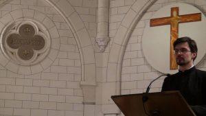 Membre de la chorale du séminaire orthodoxe d'Epinay sous  Senart, séminariste. (dir.  Sergey Volkov)